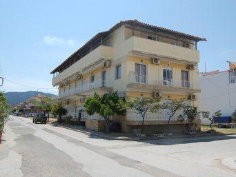 Vila-Papus-Sarti-Sitonija-1