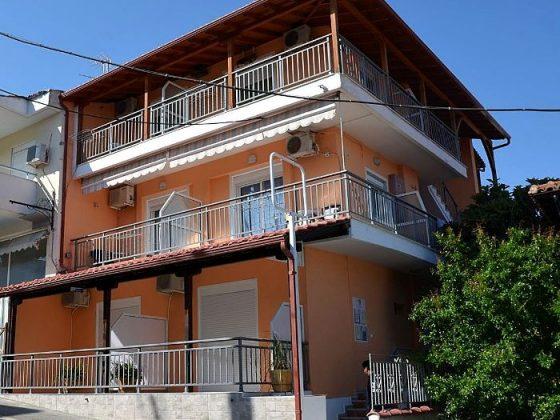 vila-ina2-neos-marmaras-0
