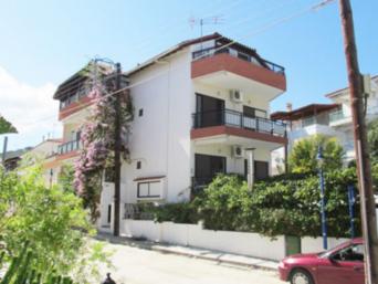 vila-pavlos-polihrono-1