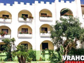 vila-vrachos-holidays1-vrachos-beach-1