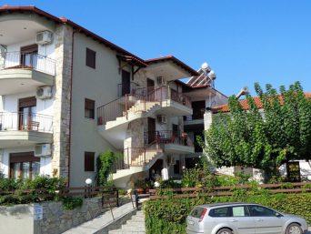 vila-skioni-resort-nea-skioni-kasandra-1